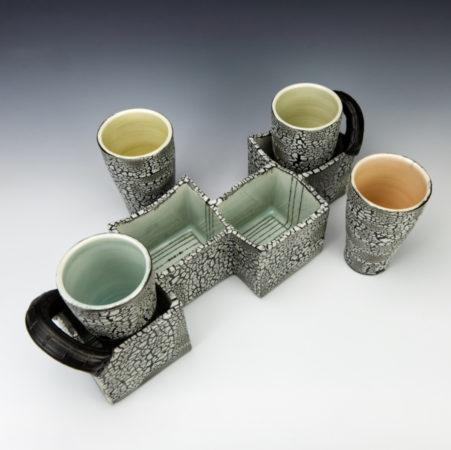 Zizg Zag White Crackle Drinking Set